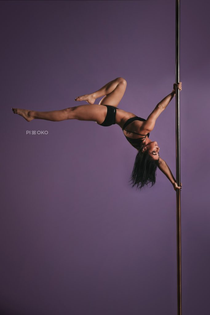Anna Wolak (Pole Dance)
